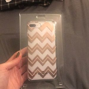 Kate spade cell phone case zig zag designs